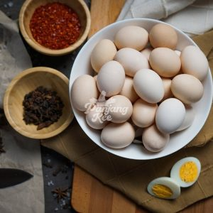 Fresh Free Range Eggs / Telur Ayam Kampung